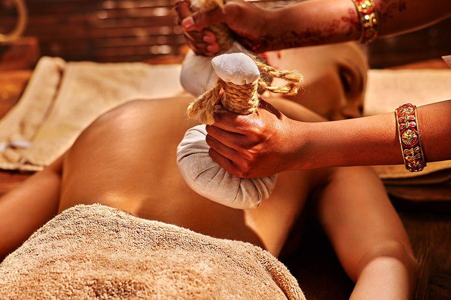 massaggio ayureda corpo
